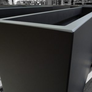Made-to-measure planters - rectangular and slender - Black Zinc ...
