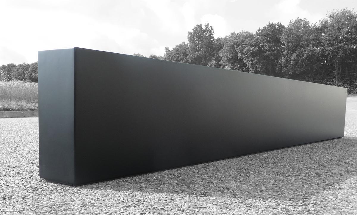 bacs plantes triangulaires image 39 in pour balcons d 39 immeubles. Black Bedroom Furniture Sets. Home Design Ideas